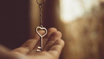 Головний ключ до серця жінки за знаком Зодіаку