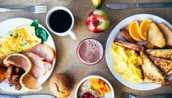 7 найкращих сніданків для жінок: покращують настрій, допомагають стати легшими і не тільки!