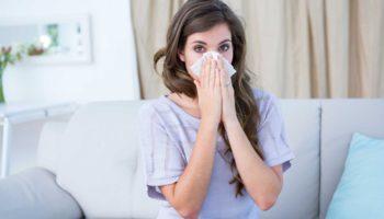 Чому постійно закладає ніс? Уся справа у проблемах зі шлунком!