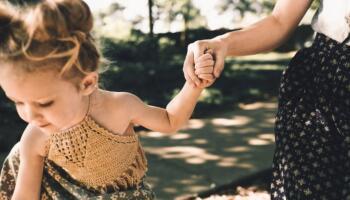 Павло завжди зневажливо ставився до розведених жінок з дитиною на руках, за що сам поплатився